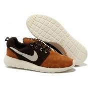 Chaussures Nike Roshe Run Homme Brun Blanc Bordeaux Nike Roshe Run Homme Nouveau Crampon