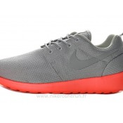 Chaussures Nike Roshe Run Mesh Homme Gray Rouge Nike Magasin Paris