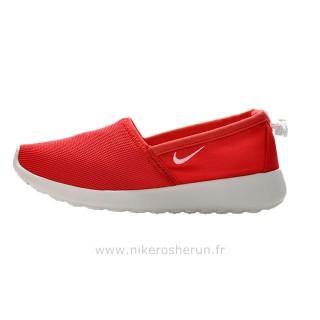 Chaussures Nike Roshe Run Slip on Femme Rouge Boutique Paris