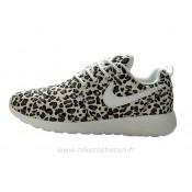 Chaussures Nike Roshe Run Pattern Femme Leopard Rosh Run Vetement De Sport