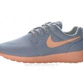 Chaussures Nike Roshe Run 2013 Femme Gray ClairRose Roshe Run Femme Crampon Mercurial