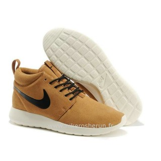 Chaussures Hazel Brun Roshe Run Mid Black Chaussures Montantes
